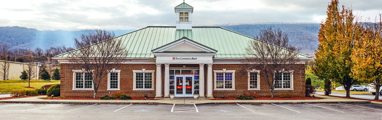 First Community Bank branch in the mountains
